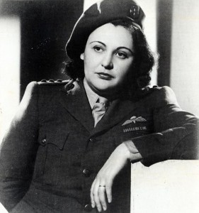 nancy wake in uniform